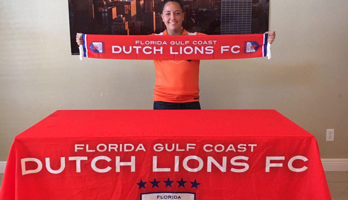 FGCDL FC signs Shelby Rookey