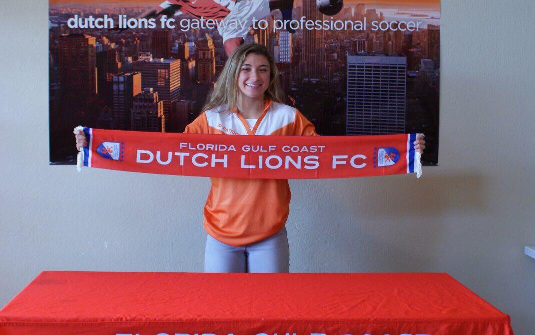 FGCDL FC signs Haley DeSanto