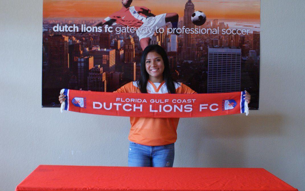 FGCDL FC sings Aryana Saenz