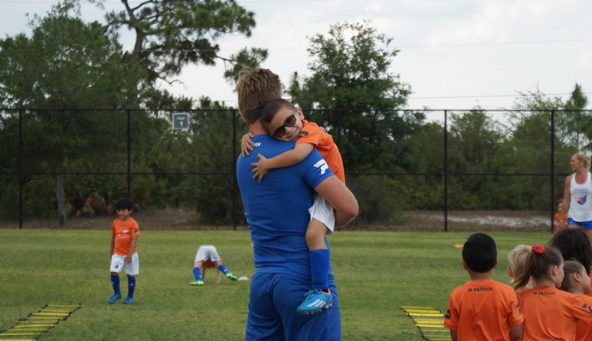 FGCDL FC Lions Cubs soccer program. Soccer for 3-4 year olds.