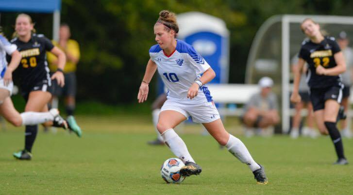 FGCDL FC signs 2x All-American All Star Yvonne Ploeg