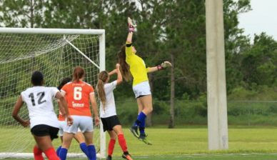 FGCDL FC re-signs College Goalkeeper Casey Winn for our Women's Team